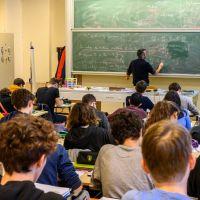#BalanceTaFac : les étudiants répondent aux ministres qui les accusent de créer des clusters