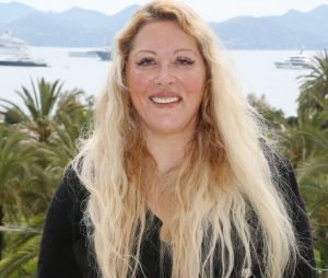 """Loana hospitalisée après sa """"crise de démence"""" : elle serait dans un état """"grave"""" et à l'isolement"""
