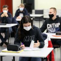 Coronavirus : report du bac 2021, vacances d'hiver... Jean-Michel Blanquer fait le point
