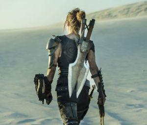 Milla Jovovich dans Monster Hunter.