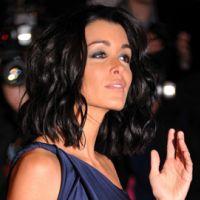 Jenifer ... venez la rencontrer à Paris grâce à Purefans News et Purefans