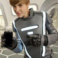Justin Bieber ... il se déguise en robot pour une publicité (photo)