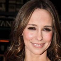 Jennifer Love Hewitt ... Complètement accro à Robert Pattinson