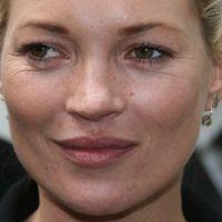 Kate Moss en panique ... SOS bague de fiançailles perdue