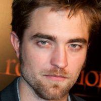 Robert Pattinson : une projection privée de Twilight 4 aux enchères pour la bonne cause