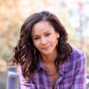 Vampire Diaries saison 3 : Bonnie, sa maman et son nouveau boyfriend (PHOTOS)