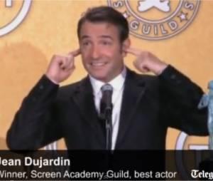 Jean Dujardin chante la Marseillaise aux SAG Awards