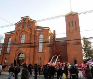 L'église où se déroulait la cérémonie des funérailles de Whitney Houston