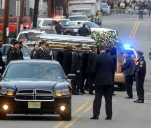 Le cercueil de Whitney Houston