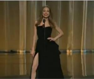 La jambe d'Angelina Jolie, vraie reine des Oscars