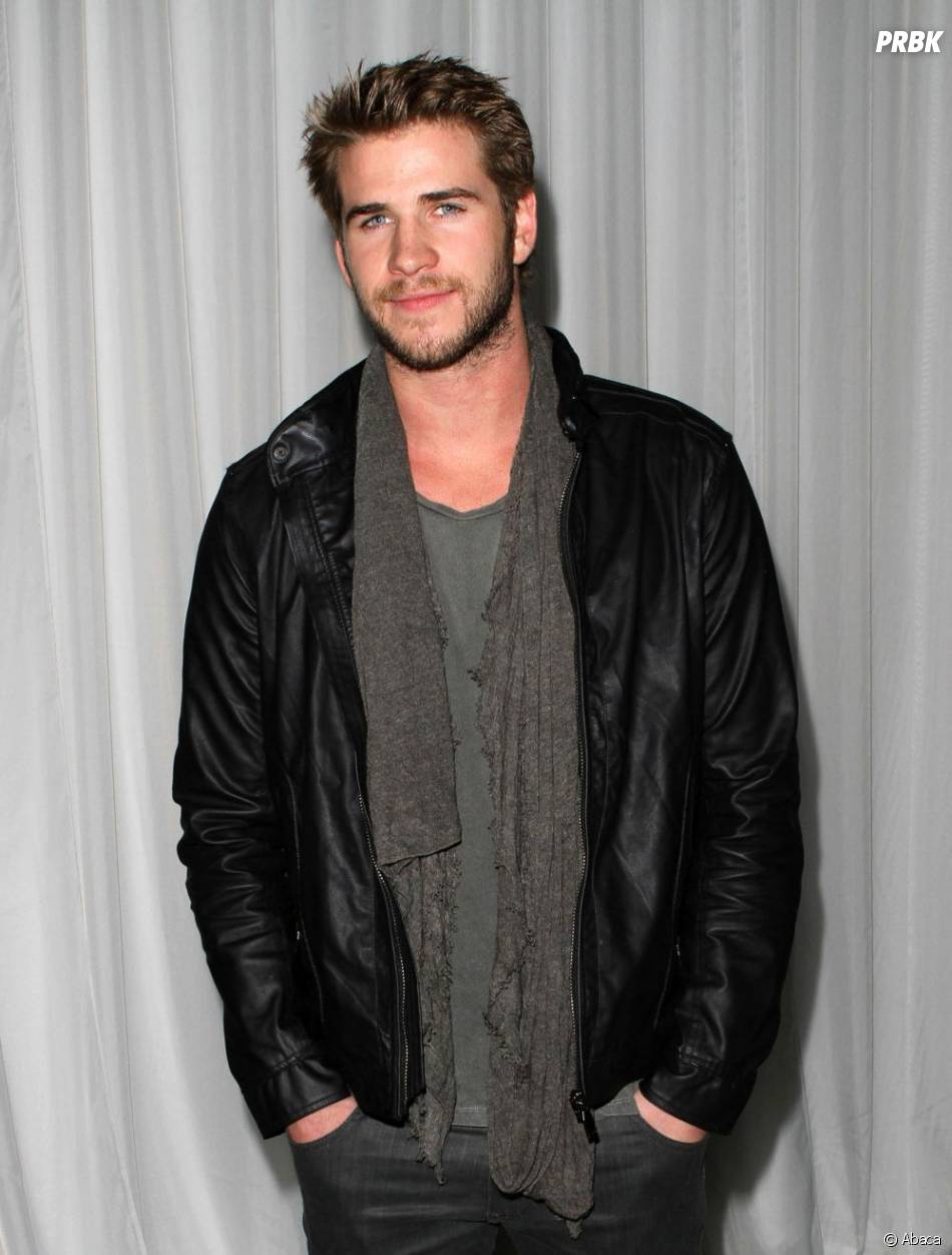 Liam Hemsworth au top pour une soirée