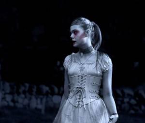 Val Kilmer et Elle Fanning dans Twixt