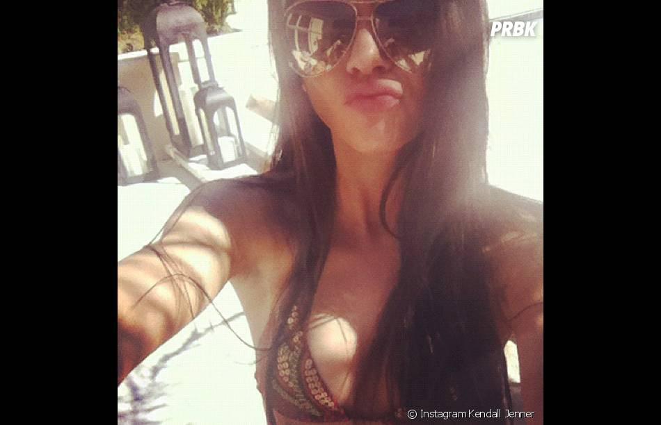 Kendall Jenner, en bikini, comme souvent