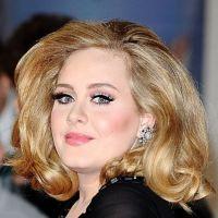 Adele : une ogresse de Pâques qui dit NON aux régimes !