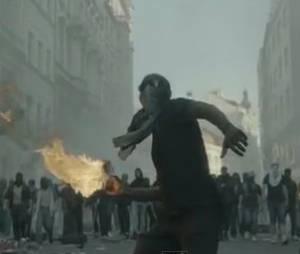 Ambiance guerre civile dans le clip de No Church In The Wild