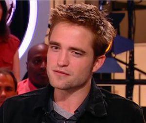 Robert Pattinson dans le Petit Journal de Yann Bathès