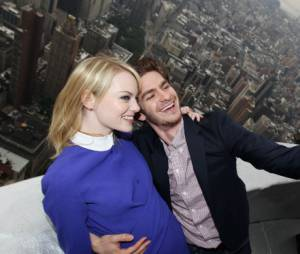 Andrew Garfield et Emma Stone en haut de l'Empire State Building