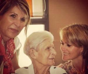 Laeticia Hallyday a posté une photo d'elle et sa grand-mère