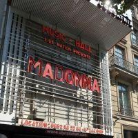 """Madonna à l'Olympia : """"COUCOU LES PIGEONS !"""", Twitter clashe la star après son concert"""