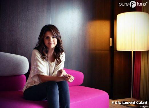 Selena Gomez prend la pose pour Purefans !