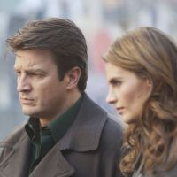 Castle saison 5 : Kate et Rick surpris au lit ! (PHOTO)