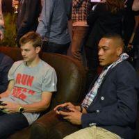 FIFA 13 : M. Pokora, Sinik, Orelsan, Camille Lacourt... tous là pour le lancement !