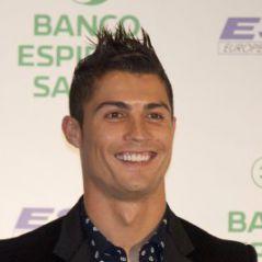 Cristiano Ronaldo a une montre à son nom et se prend pour Jean-Claude Van Damme !