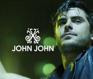 Zac Efron plus beau que jamais dans la vidéo John John Denim !