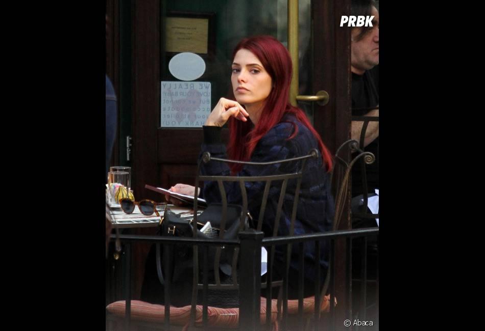 Ashley Greene a osé les cheveux rouges !
