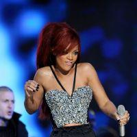 Rihanna : des bracelets en diamants pour ses fans VIP ? Son nouveau craquage
