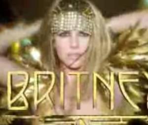 Britney Spears pour le clip de son parfum Fantasy Twist