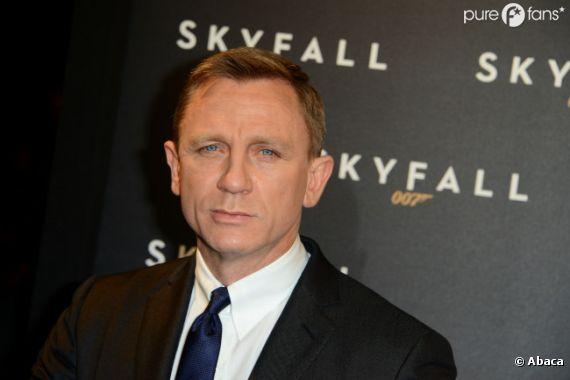 Daniel Craig peut avoir le sourire, Skyfall cartonne !