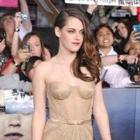 Kristen Stewart vend sa robe Twilight pour la bonne cause !