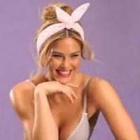 Bar Refaeli sublime en lingerie pour la dernière campagne Passionata !
