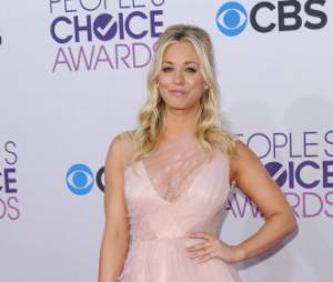 Kaley Cuoco, présentatrice des People's Choice Awards