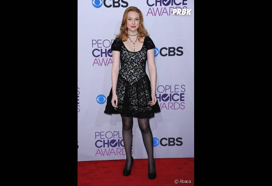 Molly Quinn de Castle sur le tapis-rouge des People's Choice Awards