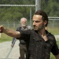 The Walking Dead : Rick et les zombies débarquent en figurines !