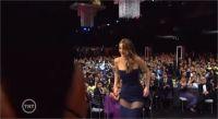 Jennifer Lawrence perd sa robe aux SAG Awards !