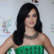 "Katy Perry : en ""couple"" avec une Girls sexy pour les Grammy Awards 2013"