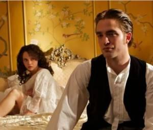 Christina Ricci aux côtés de Robert Pattinson dans Bel Ami
