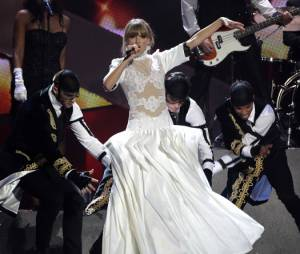Taylor Swift est repartie bredouille mais a quand même fait le show.