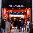 Virgin Megastore aura bientôt un nouveau propriétaire.