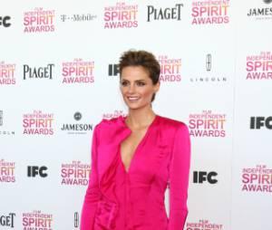 Stana Katic ose la combi aux Film Independent Spirit Awards
