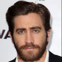 Jake Gyllenhaal en couple avec une mannequin de Sports Illustrated ?