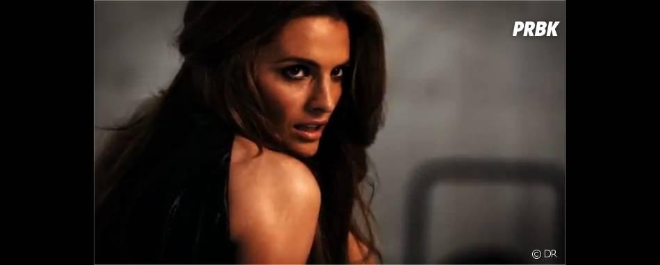 Stana Katic plus sexy que jamais face à l'objectif