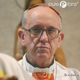 Jorge Mario Bergoglio succède à Benoît XVI