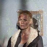 The Walking Dead saison 3 : Andrea face à la noirceur sadique du Gouverneur (SPOILER)