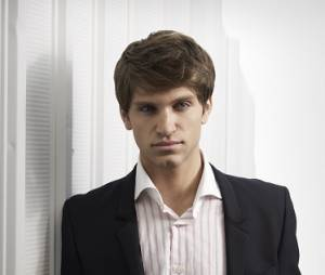 Toby de retour dans Pretty Little Liars ?