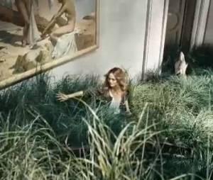 Vanessa Paradis, sublime en pleine Nature pour H&M