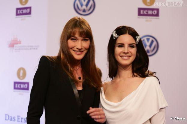Carla Bruni et Lana Del Rey, très complices aux Echo Music Awards à Berlin le 21 mars 2013